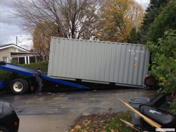Keep your equipments safe using secure shipping containers for sale